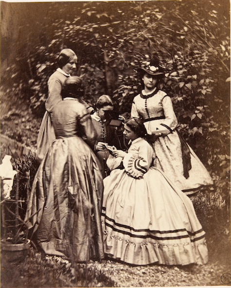 Achille Bonnuit (attribué à)-Groupe de cinq femmes dans le jardin