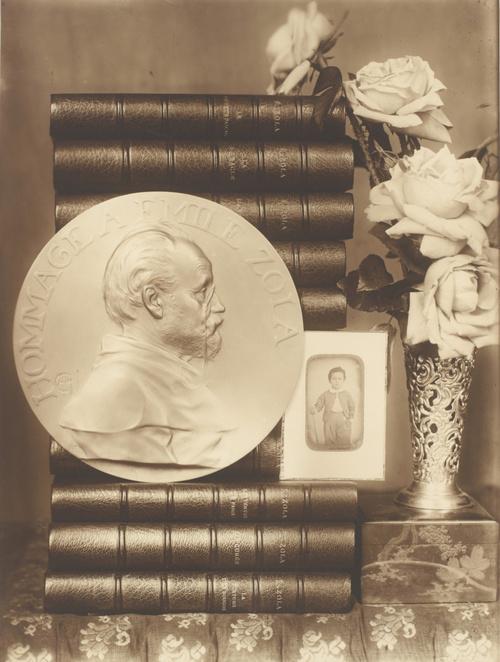 (Vers 1900), Zola, Emile