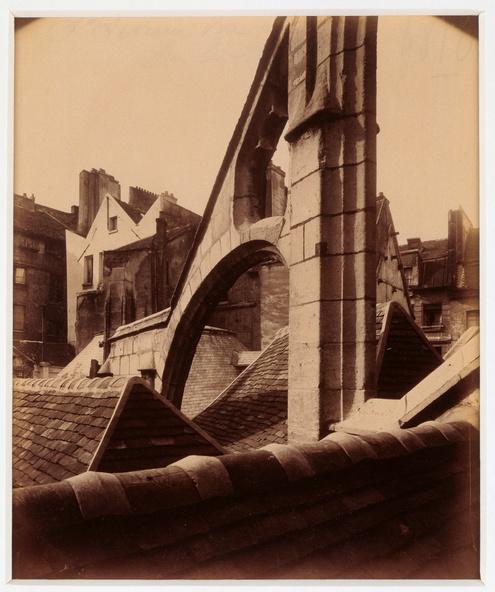 Eugène Atget-Eglise Saint-Séverin, vue prise sur les toits