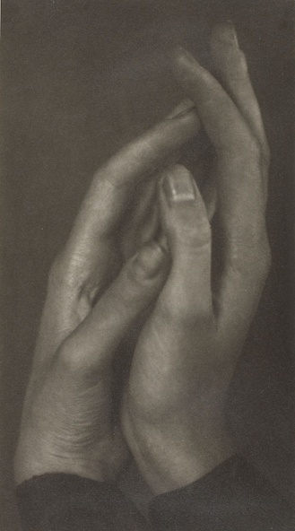 Bronia Wistreich-Weill-Les mains jointes