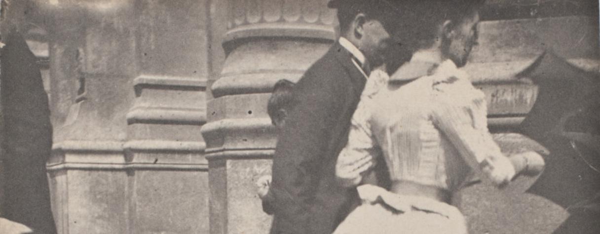 Un couple rentrant dans un bâtiment public (entre 1885 et 1895), Rivière, Henri