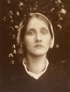 Mrs Herbert Duckworth, dit aussi Julia Jackson, mère de Virginia Woolf (en 1872), Cameron, Julia Margaret